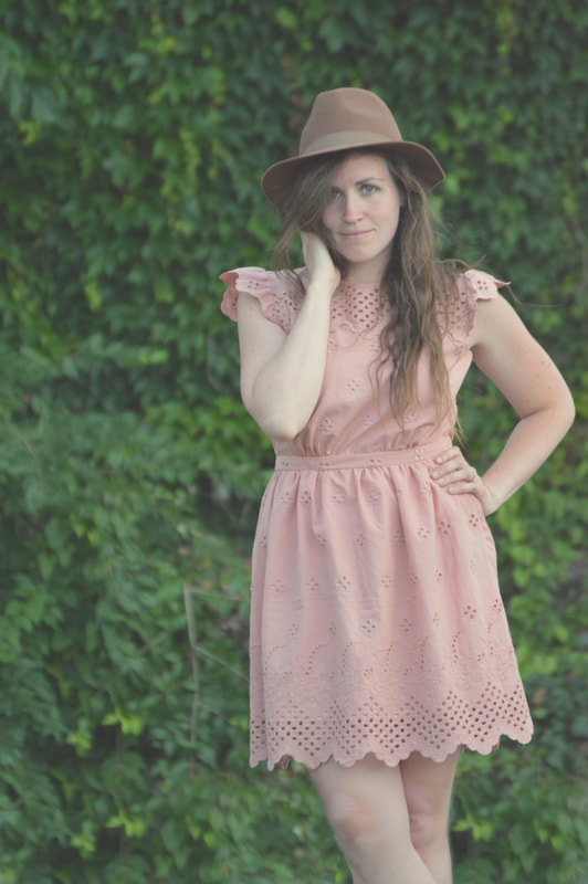 brown hat with pink dress